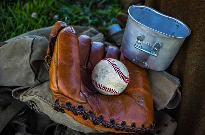 7 Steps To Clean Leather Baseball Gloves